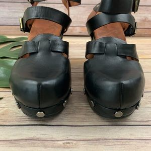 OTBT Shoes - OTBT Aiken black and brown chunky strap wedges